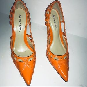 Wild Diva Neon Orange Heel Sz 8 EUC